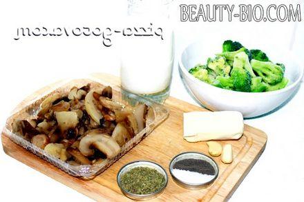 Фото - Інгредієнти для грибного супу в мультиварці
