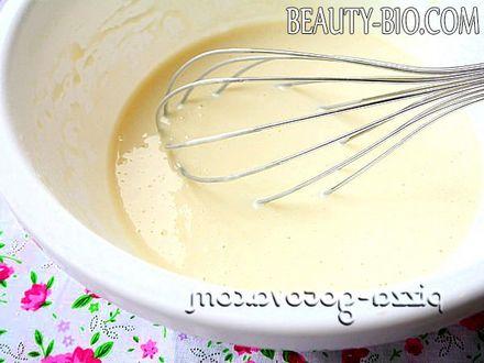Фото - як замісити тісто на млинці