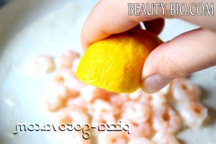 Фото - Видавити сік лимона