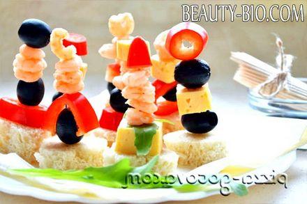 Фото - Канапе на шпажках з креветками і сиром рецепт з фото