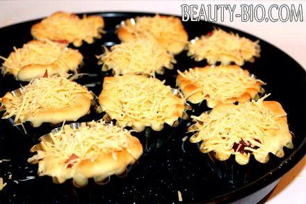 Фото - Ставимо випікати піцу
