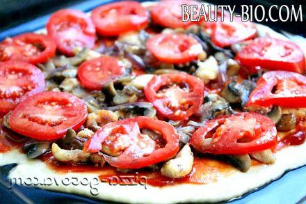 Фото - Піца з грибами і помідорами