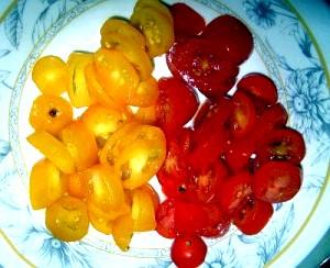 Фото - нарізані помідори