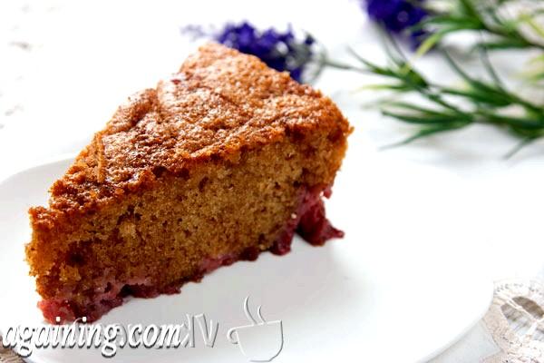 Фото - пиріг з полуницею