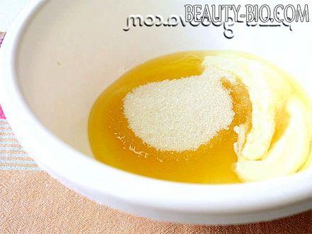 Фото - збити сметану масло цукор