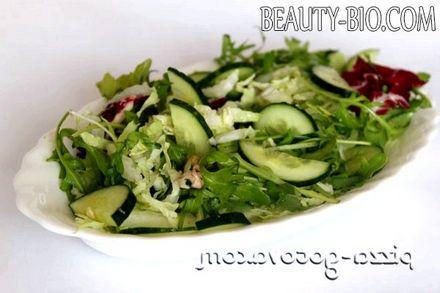 Фото - салат з огірками