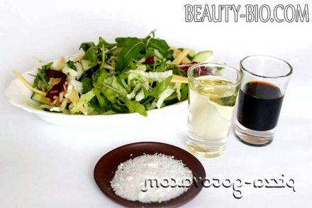 Фото - заправляємо салат