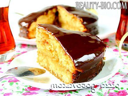 Фото - пиріг на кефірі з варенням фото