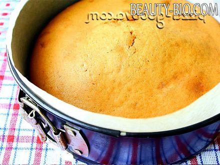Фото - випікаємо пиріг
