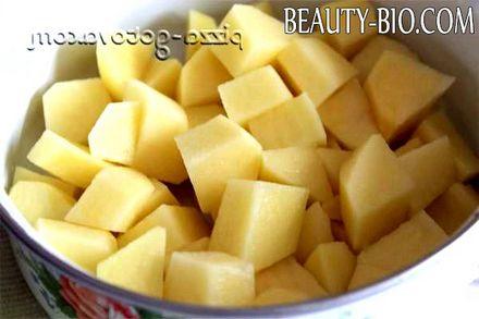 Фото - нарізаємо картоплю