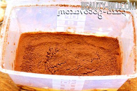 Фото - посипаємо какао порошком