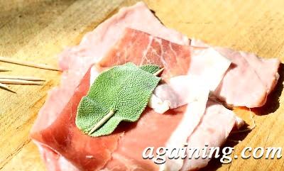 Фото: Сальтімбокка (телятина по-італійськи)