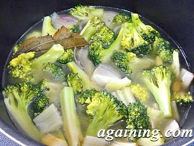 Фото: Крем-суп з брокколі