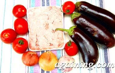 Фото: Овочі та фарш