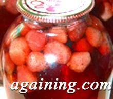 Фото: Компот з полуниці