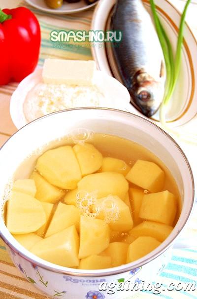 Фото: Ставимо варити картоплю