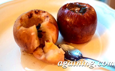 Фото: Яблучка запечені з медом і корицею