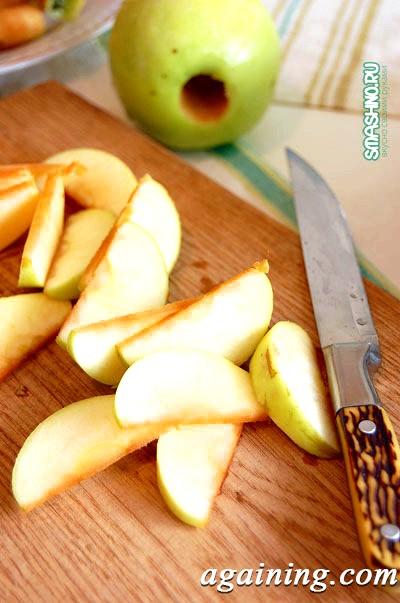 Фото: Часточки яблук для варення
