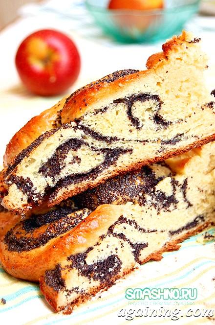 Фото: Маковий пиріг в розрізі